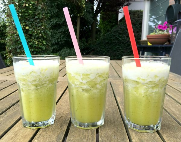 Agua Fresca met ananas en munt - Karlijnskitchen.com