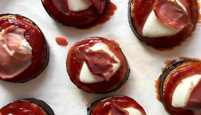 Eggplant pizza's - Karlijnskitchen.com