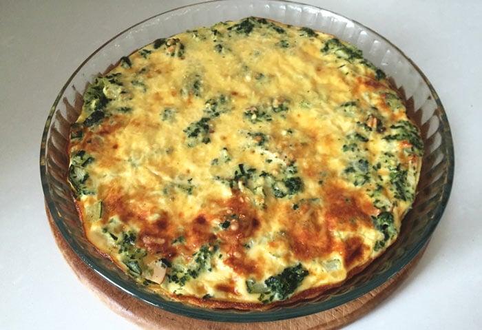 Korstloze quiche met gerookte kip en spinazie - Karlijnskitchen.com