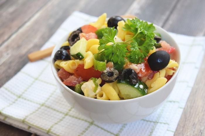 Griekse pastasalade - Karlijnskitchen.com