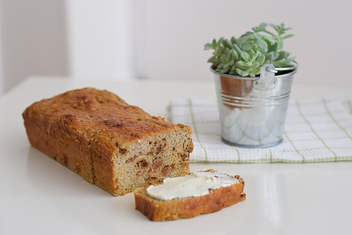 low FODMAP carrot cake banana bread - karlijnskitchen.com