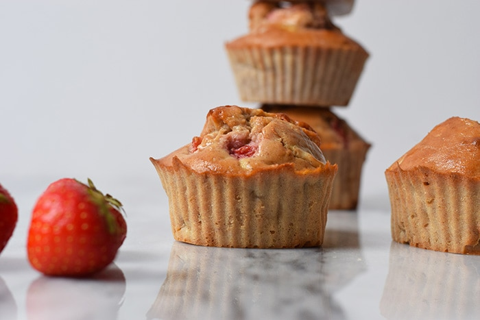 strawberry buckwheat muffins - karlijnskitchen.com