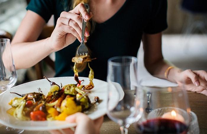 uiteten gaan tijdens het FODMAP dieet - karlijnskitchen.com