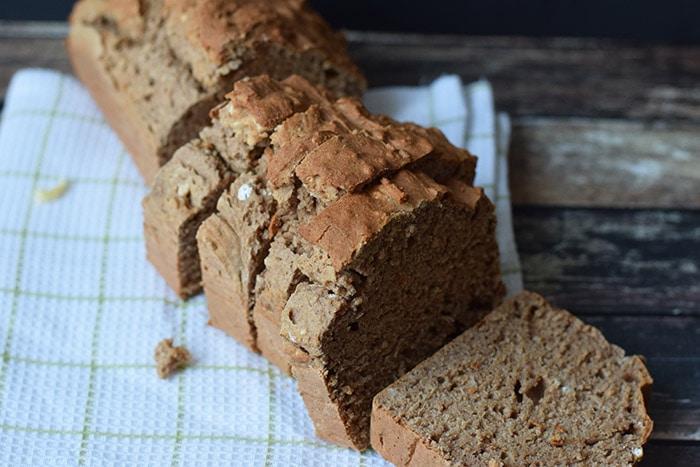 low fodmap pumpkin spiced breakfast cake - karlijnskitchen.com