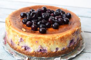 low fodmap blueberry cheesecake - karlijnskitchen.com